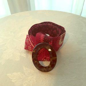 VeraBradley red paisley belt, tortoiseshell buckle